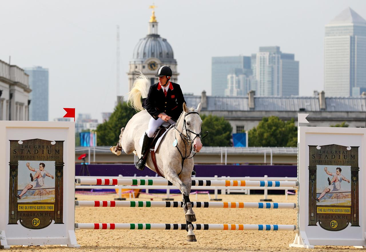 LONDON, ENGLAND - AUGUST 11:  Nicholas Woodbridge of Great Britain riding Umberto de Fauquez competes in the Riding Show Jumping during the Men's Modern Pentathlon on Day 15 of the London 2012 Olympic Games on August 11, 2012 in London, England.  (Photo by Alex Livesey/Getty Images)