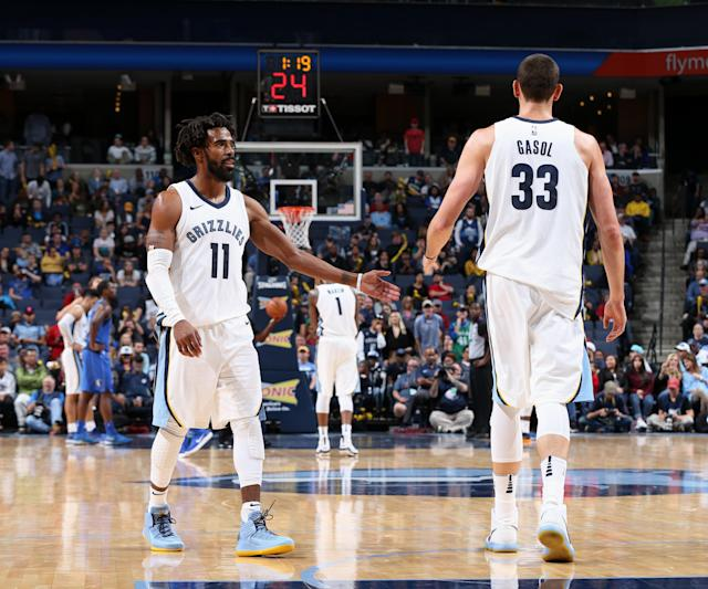 "The Grizzlies say they're not trading <a class=""link rapid-noclick-resp"" href=""/nba/players/4325/"" data-ylk=""slk:Marc Gasol"">Marc Gasol</a> or <a class=""link rapid-noclick-resp"" href=""/nba/players/4246/"" data-ylk=""slk:Mike Conley"">Mike Conley</a>, and they won't tank. (AP)"
