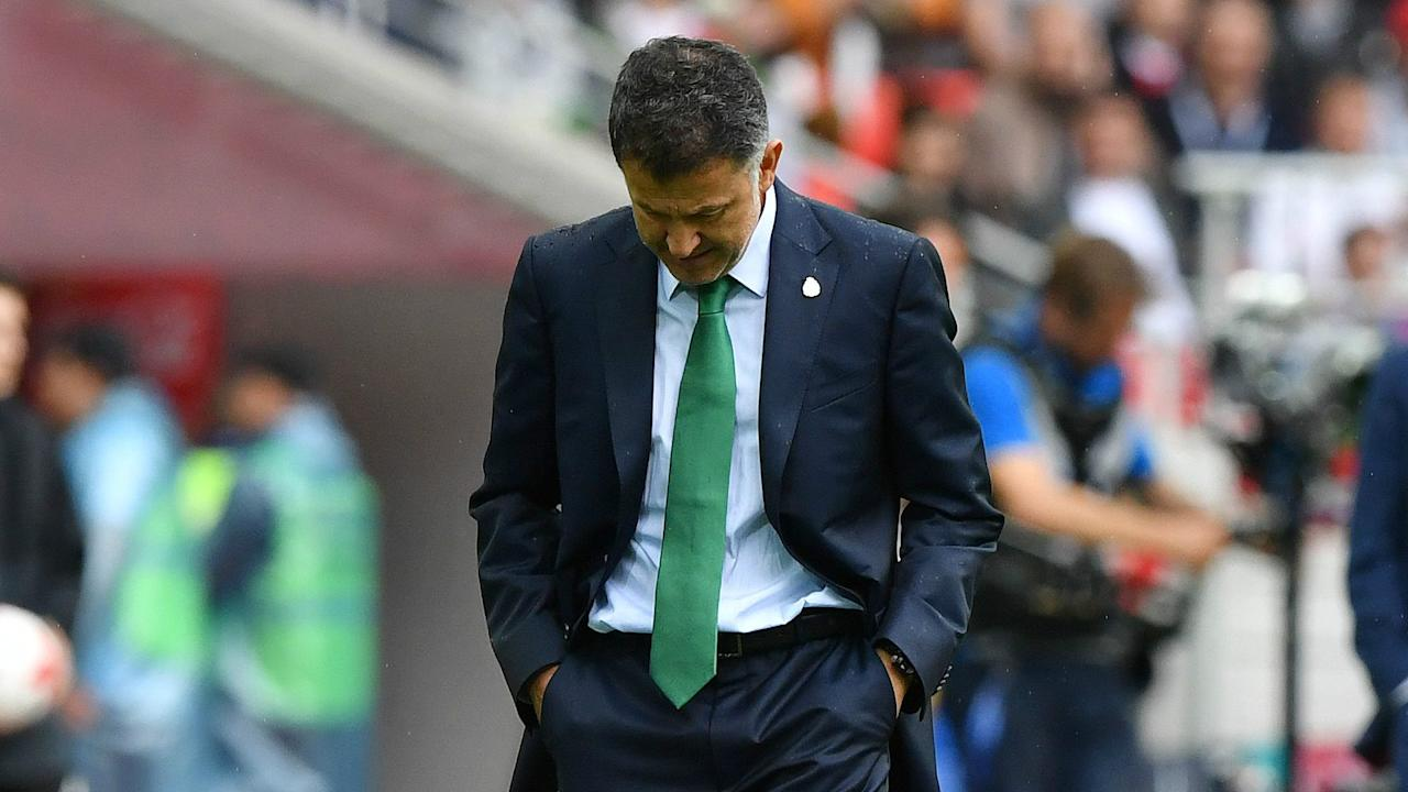 The newly-signed West Ham striker has backed his international manager despite El Tri's loss in the Gold Cup