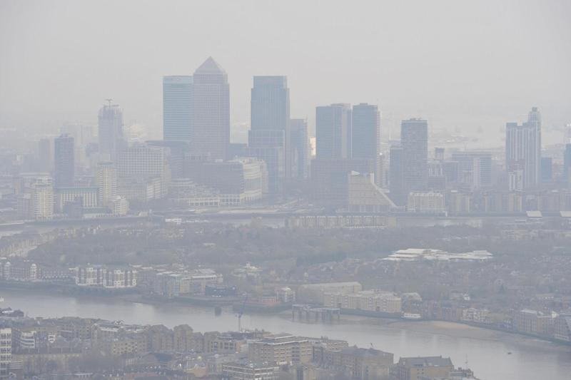 Health risk: Air pollution over the capital: PA