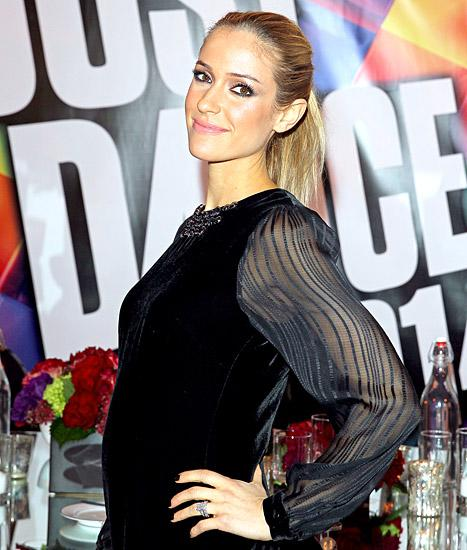 """Kristin Cavallari Says Her Second Pregnancy Has Brought on Intense Sugar Cravings: """"My Skin Broke Out Really Bad"""""""