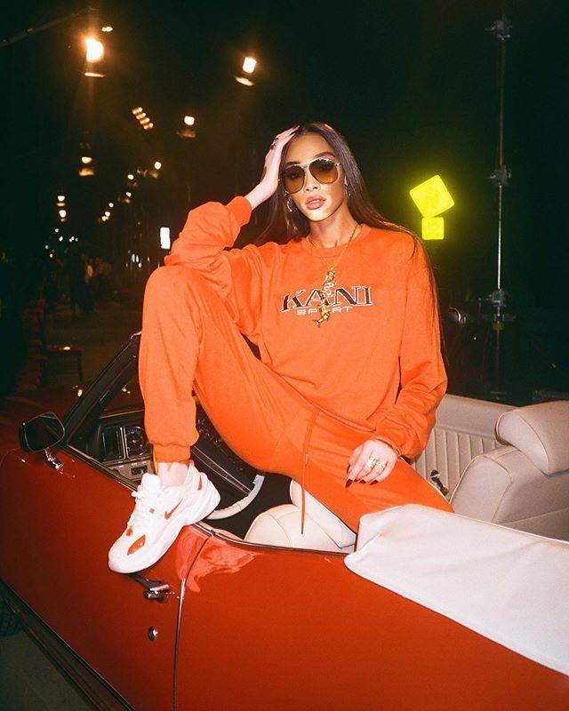 "<p>You can never go wrong with a full on monochromatic ensemble – even when it's a sweatsuit. </p><p><strong><strong>What you'll need: </strong></strong><em>ESCAPOLOGY Orange Long Sleeve Skater Top, $38, Topshop</em></p><p><a class=""link rapid-noclick-resp"" href=""https://go.redirectingat.com?id=74968X1596630&url=https%3A%2F%2Fus.topshop.com%2Fus%2Ftsus%2Fproduct%2F37257097&sref=https%3A%2F%2Fwww.seventeen.com%2Ffashion%2Fstyle-advice%2Fg708%2Fcute-jogger-sweatpants%2F"" rel=""nofollow noopener"" target=""_blank"" data-ylk=""slk:SHOP NOW"">SHOP NOW</a></p><p><a href=""https://www.instagram.com/p/B4p6Ot9l_Ch/"" rel=""nofollow noopener"" target=""_blank"" data-ylk=""slk:See the original post on Instagram"" class=""link rapid-noclick-resp"">See the original post on Instagram</a></p>"