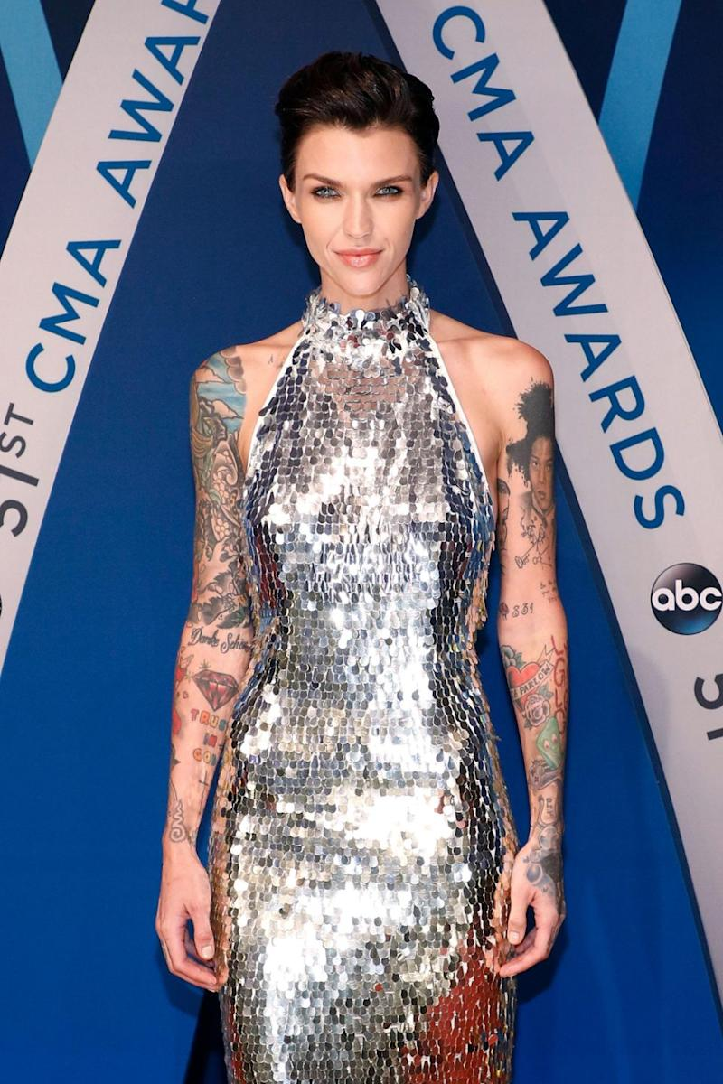 The actress (here at the 2017 CMAs) called out dietitian Lisa DeFazio. Source: Getty
