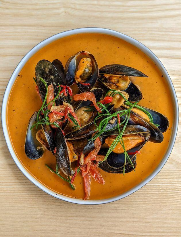 Rope-grown mussels on the menu at the newly opened The Magazine restaurant at the Serpentine. (Photo: Cooking Sections)