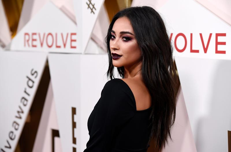 Shay Mitchell poses at the 2017 Revolve Awards on Thursday, Nov. 2, 2017, in Los Angeles.