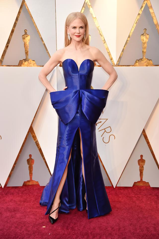 <p>Nicole Kidman's front slit and sweetheart neckline made for a stunning and sexy look. (Photo: Getty Images) </p>