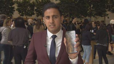 CNBC's Arjun Kharpal reports on iPhones hitting stores today from an Apple store in London.