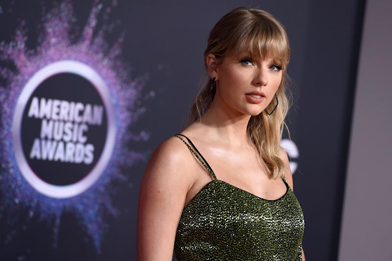 Taylor Swift arrives at the American Music Awards on Sunday, Nov. 24, 2019, at the Microsoft Theater in Los Angeles. (Photo by Jordan Strauss/Invision/AP) (Photo: Jordan Strauss/Invision/AP)