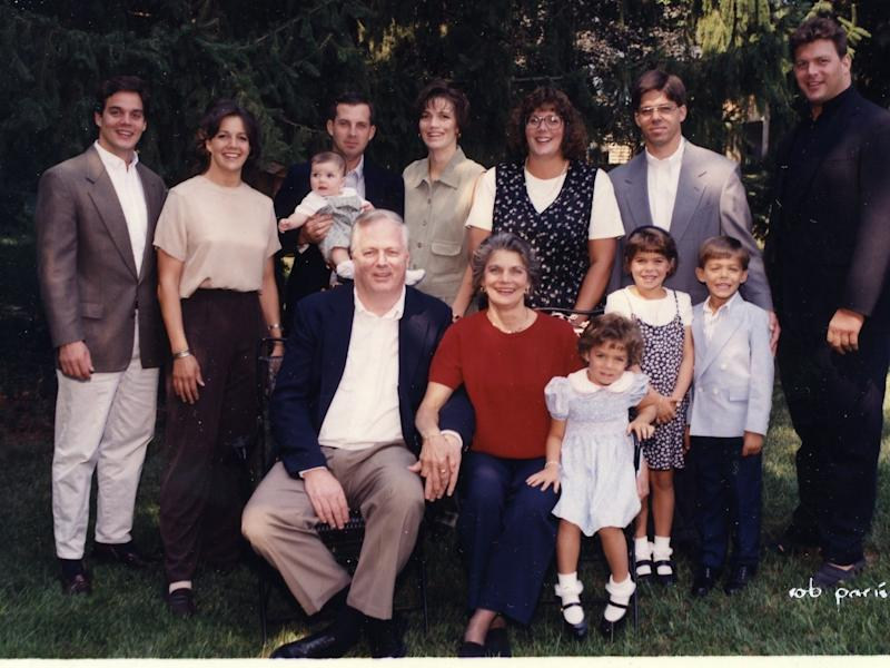 Bill Hemmer's family in 1994.