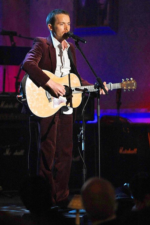 """Damien Rice performs """"Hallelujah,"""" a song penned by inductee Leonard Cohen. Dimitrios Kambouris/<a href=""""http://www.wireimage.com"""" target=""""new"""">WireImage.com</a> - March 10, 2008"""