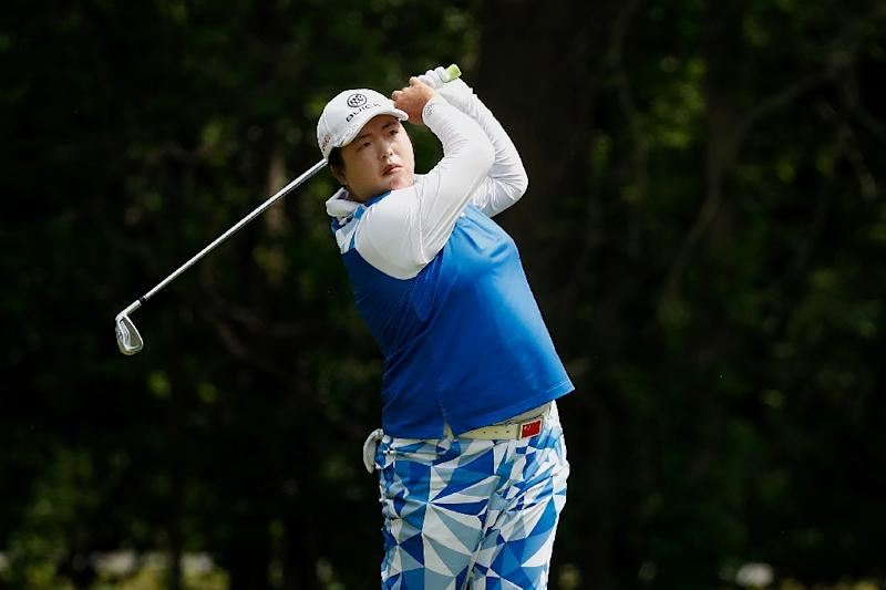 Feng holds on for 1-stroke win at LPGA event in Michigan