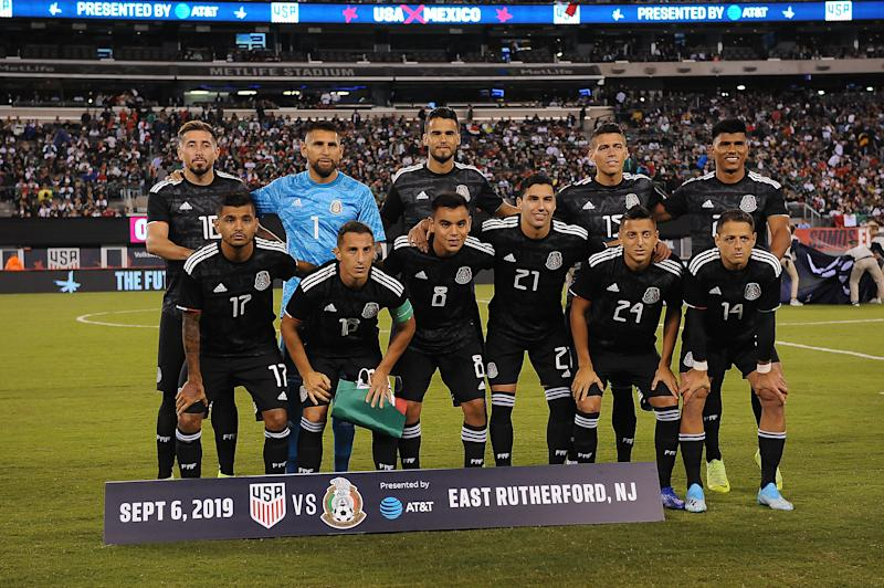EAST RUTHERFORD, NJ - SEPTEMBER 6: Mexico National Team starting eleven during a game between Mexico and USMNT at MetLife Stadium on September 6, 2019 in East Rutherford, New Jersey. (Photo by Jose Argueta/ISI Photos/Getty Images).