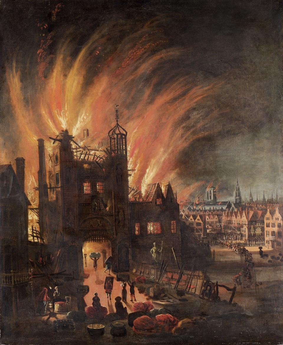 1280px-The Great Fire of London, with Ludgate and Old St. Paul's