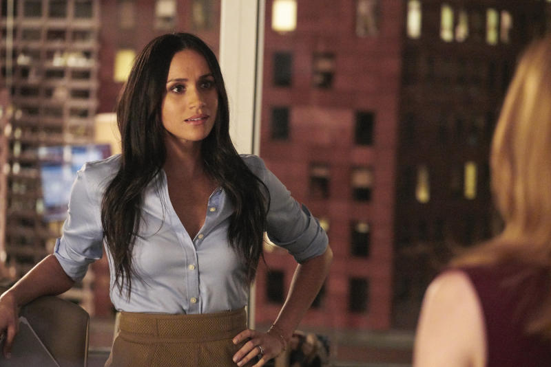 """SUITS -- """"Pulling the Goalie"""" Episode 714 -- Pictured: Meghan Markle as Rachel Zane --"""