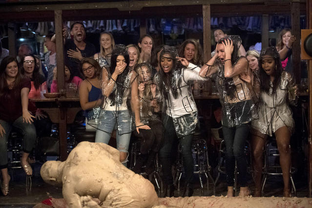 <p>Raven Gates, Corinne Olympios, Rache Lindsay, Alexis Waters, Jasmine Brown, and Kenny in ABC's <i>The Bachelorette</i> <br>(Photo: Matt Brown/ABC)<br><br></p>