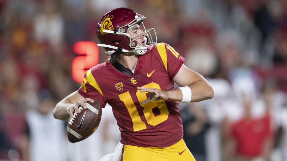 Southern California quarterback JT Daniels in an NCAA football game against Fresno State Saturday, Sept. 31, 2019, in Los Angeles. (AP Photo/Kyusung Gong)