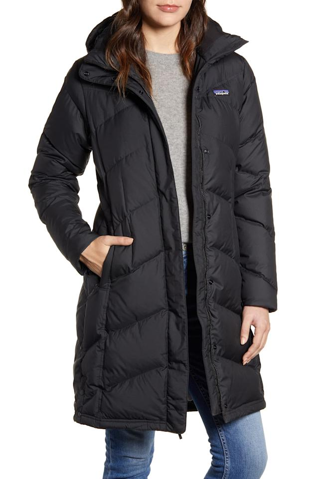 """<p>Winter is here, and you can't go wrong with this <a href=""""https://www.popsugar.com/buy/Patagonia-Down-Hooded-Down-Parka-534789?p_name=Patagonia%20Down%20With%20It%20Hooded%20Down%20Parka&retailer=shop.nordstrom.com&pid=534789&price=299&evar1=fab%3Auk&evar9=47042301&evar98=https%3A%2F%2Fwww.popsugar.com%2Ffashion%2Fphoto-gallery%2F47042301%2Fimage%2F47042880%2FPatagonia-Down-With-It-Hooded-Down-Parka&list1=shopping%2Cnordstrom%2Cwinter%20fashion&prop13=api&pdata=1"""" rel=""""nofollow"""" data-shoppable-link=""""1"""" target=""""_blank"""" class=""""ga-track"""" data-ga-category=""""Related"""" data-ga-label=""""https://shop.nordstrom.com/s/patagonia-down-with-it-hooded-down-parka/5294341/full?origin=keywordsearch-personalizedsort&amp;breadcrumb=Home%2FAll%20Results&amp;color=black"""" data-ga-action=""""In-Line Links"""">Patagonia Down With It Hooded Down Parka</a> ($299).</p>"""
