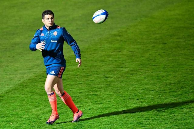 France's French fullback Brice Dulin takes part in a training session on November 25, 2016 in Marcoussis, south of Paris, on the eve of the rugby union Test match against New Zealand (AFP Photo/MIGUEL MEDINA)