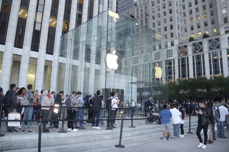 NEW YORK, NY- SEPTEMBER 20: Shoppers line up to purchase the newly-launched Apple iPhone 11 at Apple's Fifth Avenue Store in New York City on September 20, 2019. Credit: RW/MediaPunch /IPX