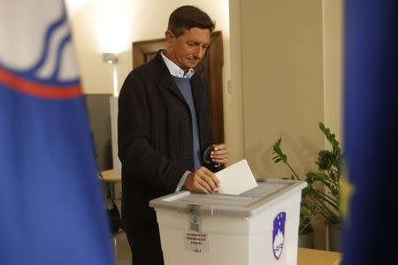 Slovenia's Presidential elections go to second round