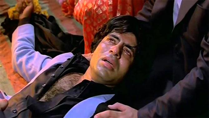 <p>So what if the surviving hero gets to keep the heroine, Big B's death scenes always steal his thunder, like in this scene from <strong>Mukaddar ka Sikandar</strong>. No offence, but who even remembers what Rakhi or Vinod Khanna were doing during the final minutes of the movie; everyone was invested in Amitabh Bachchan's captivating performance. </p>