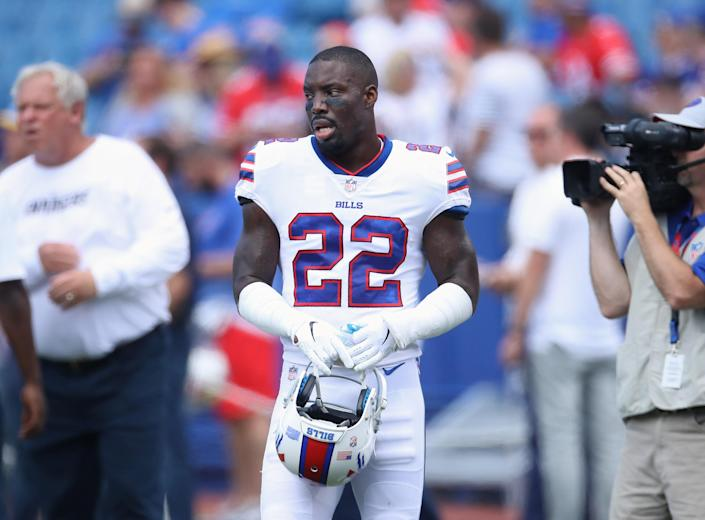 Vontae Davis last 1.5 games with the Bills before calling it quits. (Getty Images)