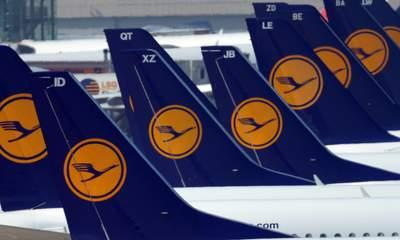 Smell Forces Pilots To Land With Oxygen Masks