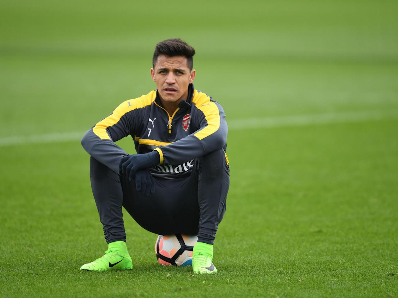 Arturo Vidal urges Alexis Sanchez to join him at Bayern Munich as Chilean's Arsenal future remains unclear