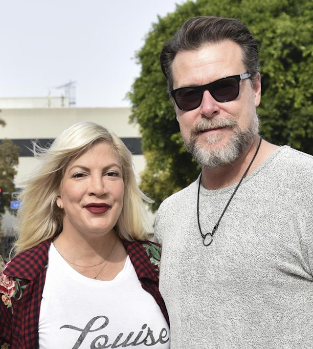 Tori Spelling and Dean McDermott at the  <em>Paddington 2</em> premiere after-party on Jan. 6 in L.A. (Photo: Rodin Eckenroth/Getty Images)
