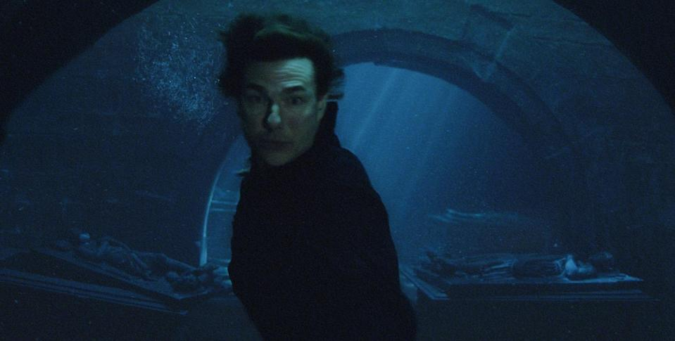 Tom Cruise in deep water in 'The Mummy' (credit: Universal)