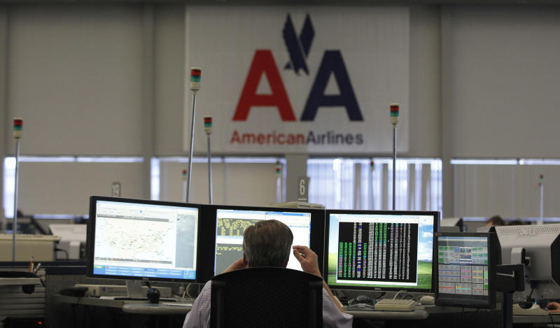 NYC's 3 airports all due to open after Sandy