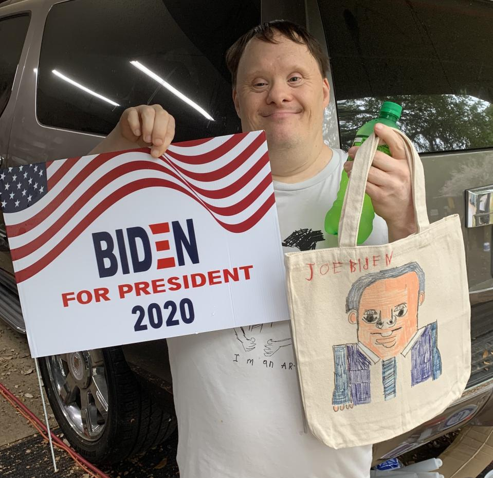Rick Fleming's portrait of Joe Biden (similar to the one pictured here) has been made official campaign merchandise. (Photo: Courtesy of Sage Studio)