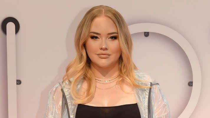 Beauty YouTuber NikkieTutorials Comes Out as Transgender In Powerful Video