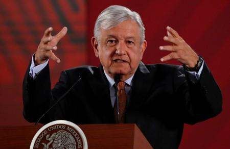 Mexico president girds for key address ringed by problems, riding high in polls