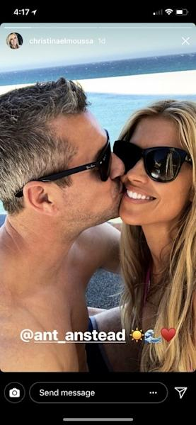 The couple appears more in love than ever while vacationing in Cabo.