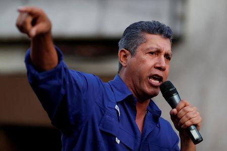 FILE PHOTO: Venezuelan presidential candidate Henri Falcon of the Avanzada Progresista party, delivers a speech to supporters during a campaign rally in Caracas, Venezuela May 14, 2018. REUTERS/Carlos Garcia Rawlins/File Photo