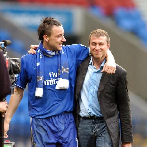 Chelsea captain John Terry and Abramovich after winning the league title in 2005