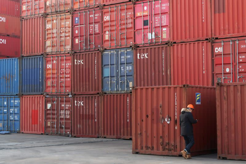 China encourages export goods sales domestically as virus batters global trade