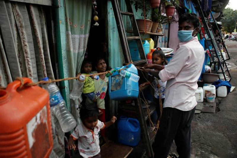 Coronavirus Pandemic LIVE Updates: Centre Not in Favour of Restarting Train Services Soon, Say Sources; India's Cases Rise to 5,734 With 166 Fatalities