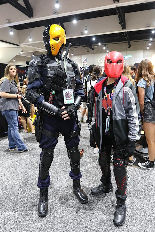 <p>Cosplayer dressed as Deathstroke and Red Hood at Comic-Con International on July 20 in San Diego. (Photo: Angela Kim/Yahoo Entertainment) </p>
