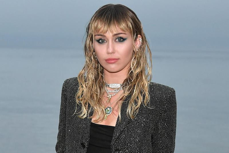 Miley Cyrus addresses cheating rumors and past scandals in candid Twitter thread