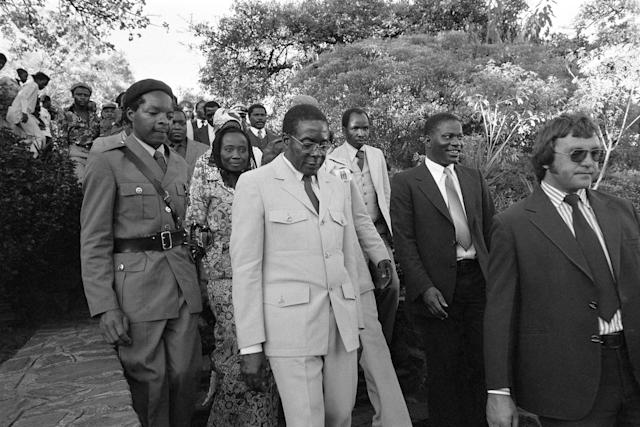 <p>Robert Mugabe at Zimbabwe's Independence Day in Salisbury on April 16, 1980. (Photo: Jean-Claude Francolon/Gamma-Rapho via Getty Images) </p>