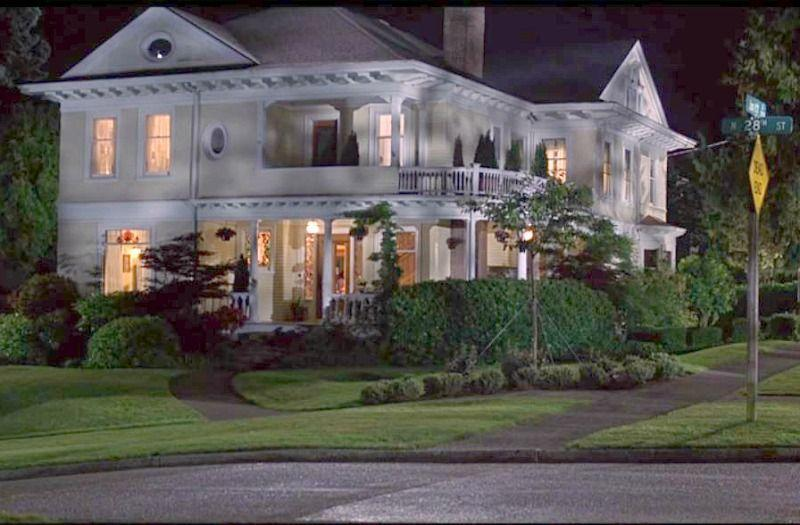 <p>I'm sure you recognize this almost 6,000-square-foot home as the home from the 1999 rom-com/drama cult classic starring the late Heath Ledger and Julia Stiles. In 2018, the house went up on the market for $1.6 million. If you find yourself near Seattle and want to pay the home a visit, just remember it's a private residence and to be respectful. <br></p><p>2715 N Junett St., Tacoma, WA 98407</p>