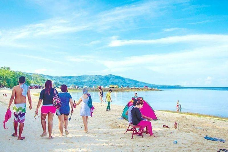 Lambug Beach visitors now required to pay fees