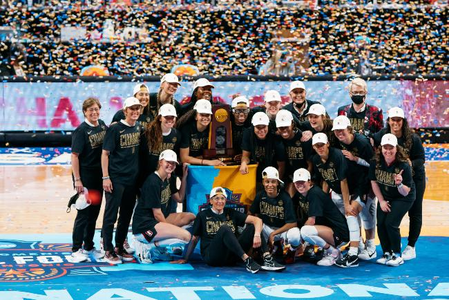 Stanford ended their 29-year title drought after holding out for victory against Arizona © Stanford Athletics