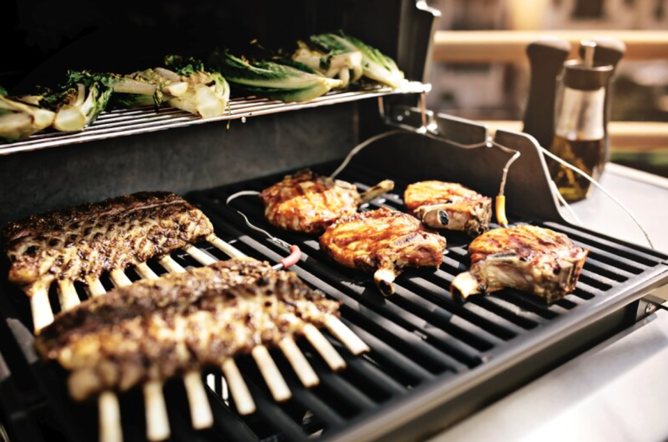 Your transformation into grill master is about to commence. (Credit: Wayfair)
