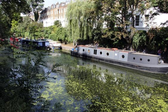 London's quaint canals are the perfect backdrop for a romantic evening (Getty Images/iStockphoto)
