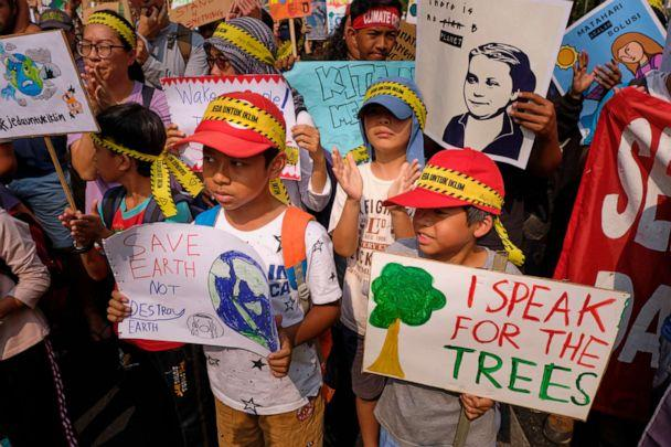 PHOTO: School children participate in a demonstration calling for action on climate change on September 20, 2019, in Jakarta, Indonesia. (Ed Wray/Getty Images)