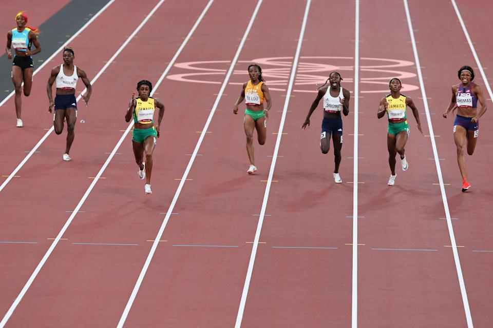 Beatrice Masilingi (second left) is also considered a DSD athlete (AFP/Getty)