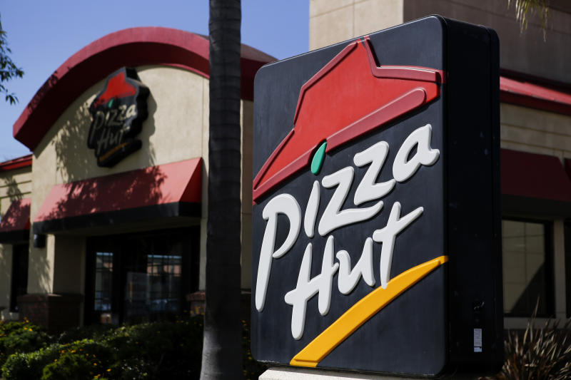 Pizza Hut Just Replaced Papa John's As the NFL's Official Pizza Sponsor